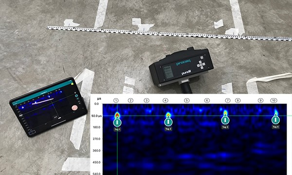 Scanning with the Ultrasonic Pulse Echo system each rebar is clearly visible